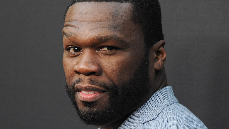 50 Cent posing