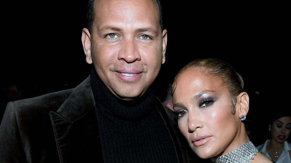 Jennifer Lopez blue eyeliner