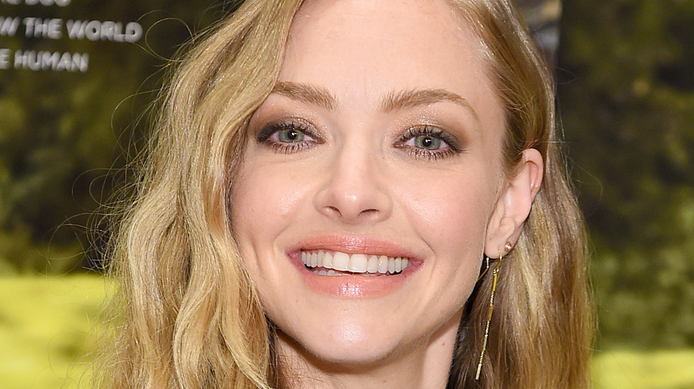 Amanda Seyfried smiling at an event