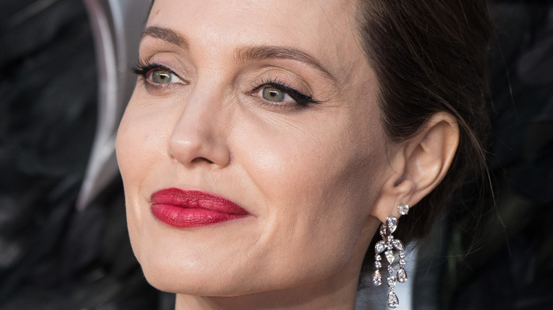 Angelina Jolie posing on the red carpet