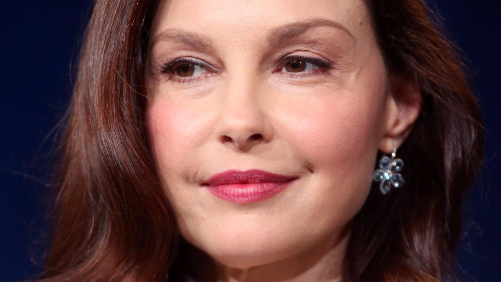 Ashley Judd with slight smile