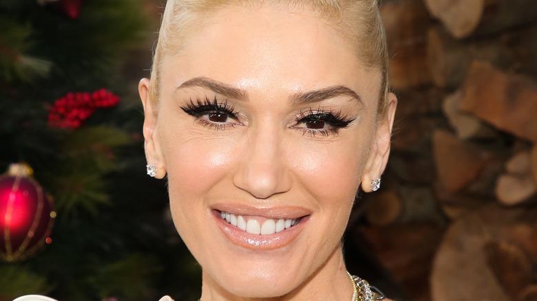 Gwen Stefani visits Hallmark Channel's 'Home & Family' 2020