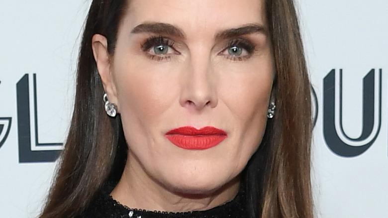 Brooke Shields wearing lipstick