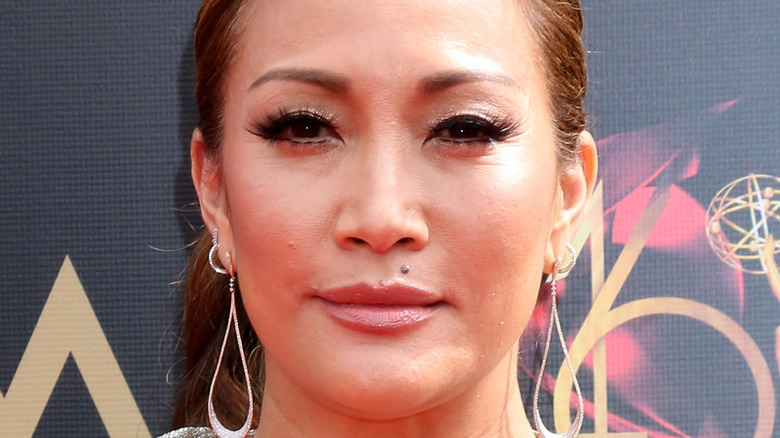 Carrie Ann Inaba posing