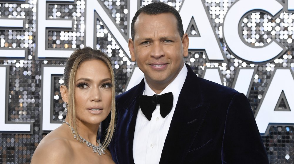 Jennifer Lopez and Alex Rodriguez posing at the 26th Annual Screen Actor's Guild Awards