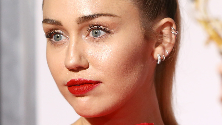 Miley Cyrus with a ponytail