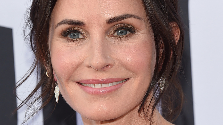 Courteney Cox arrives for the AFI Lifetime Achievement Awards to George Clooney 2018