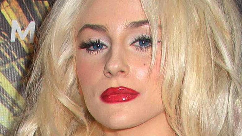 Courtney Stodden wearing red lipstick