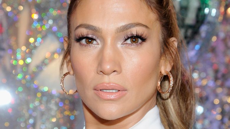 Jennifer Lopez posing
