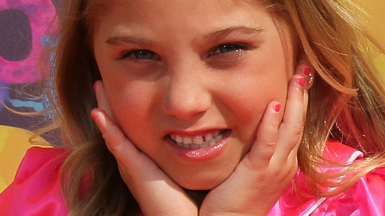 Rosie McClelland at the Kids' Choice Awards