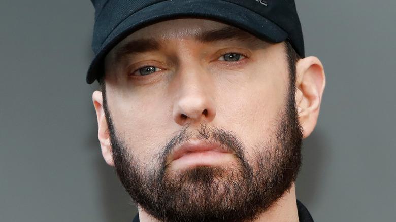 Eminem black hat red carpet