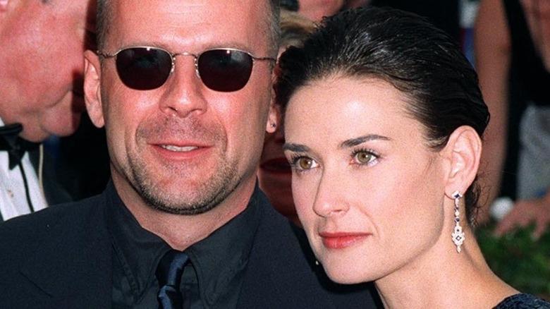 Bruce Willis Demi Moore posing
