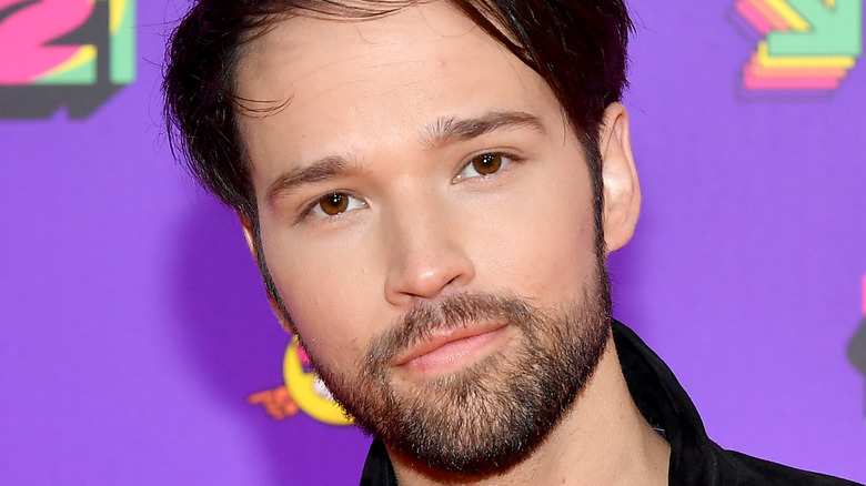 Nathan Kress at a red carpet event