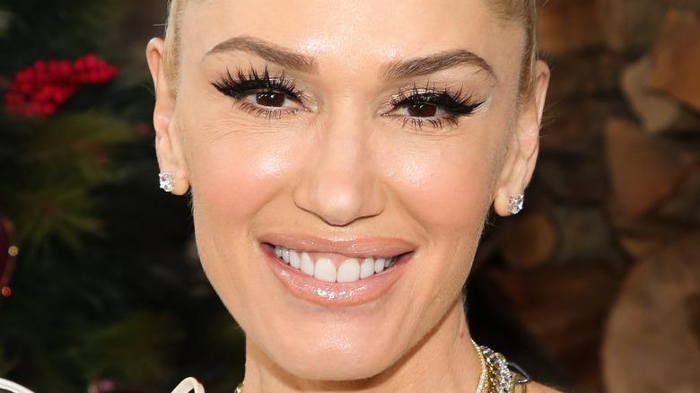 Gwen Stefani, 2020 photo, smiling, her hair up
