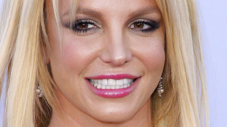 Britney Spears side eye