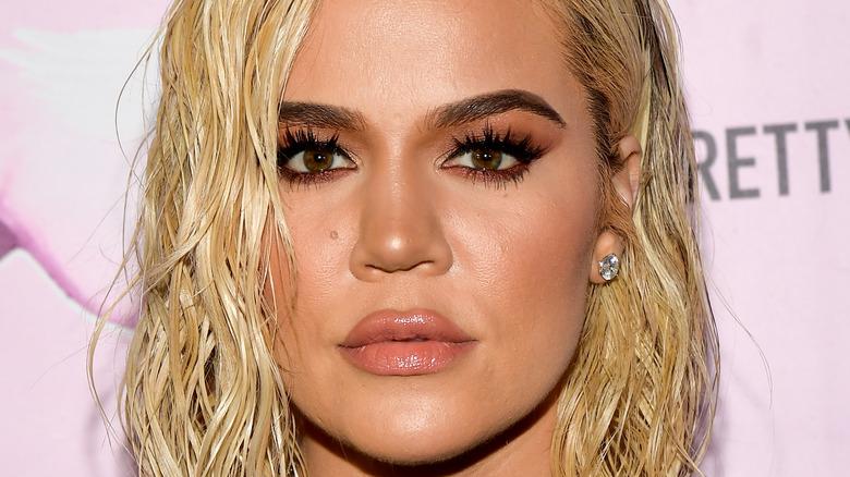 Khloe Kardashian wearing wet hair