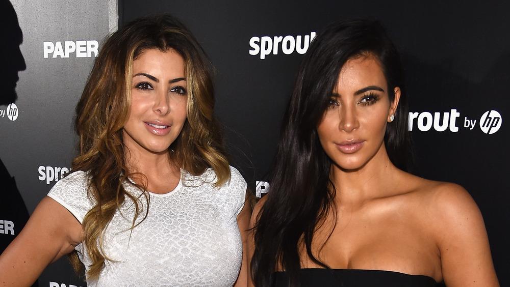 Larsa Pippen and Kim Kardashian posing