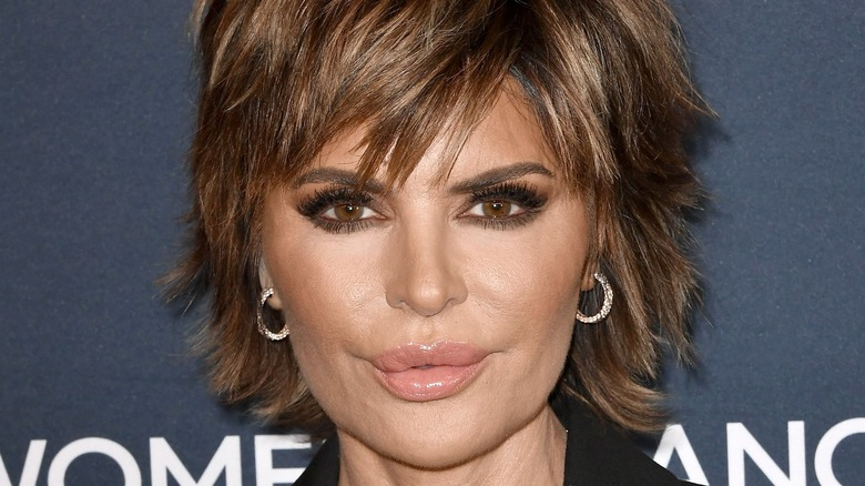 Lisa Rinna posing at a red carpet event