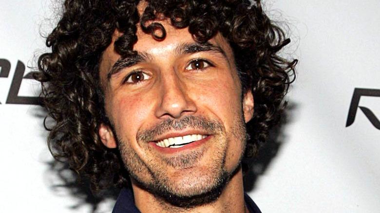 Ethan Zohn curly hair