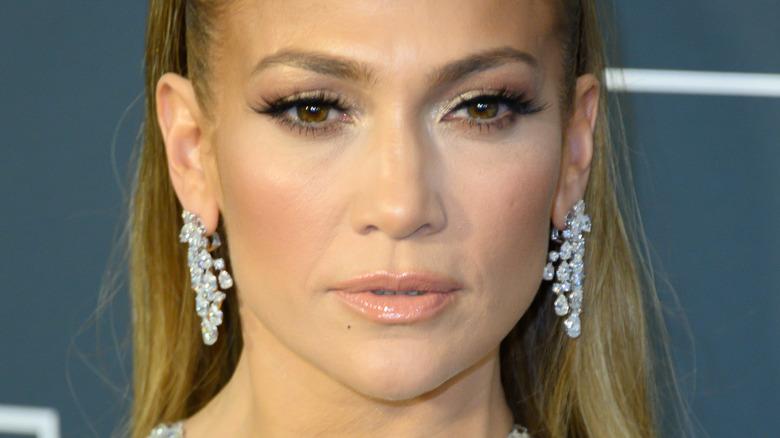 Jennifer Lopez poses on the red carpet