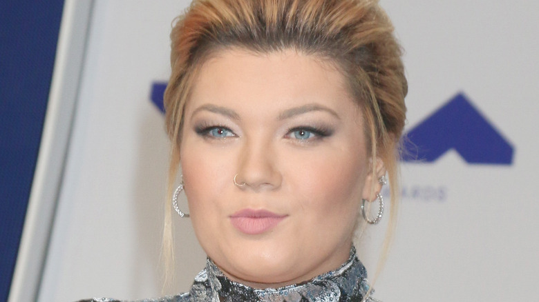 Amber Portwood posing at a red carpet event