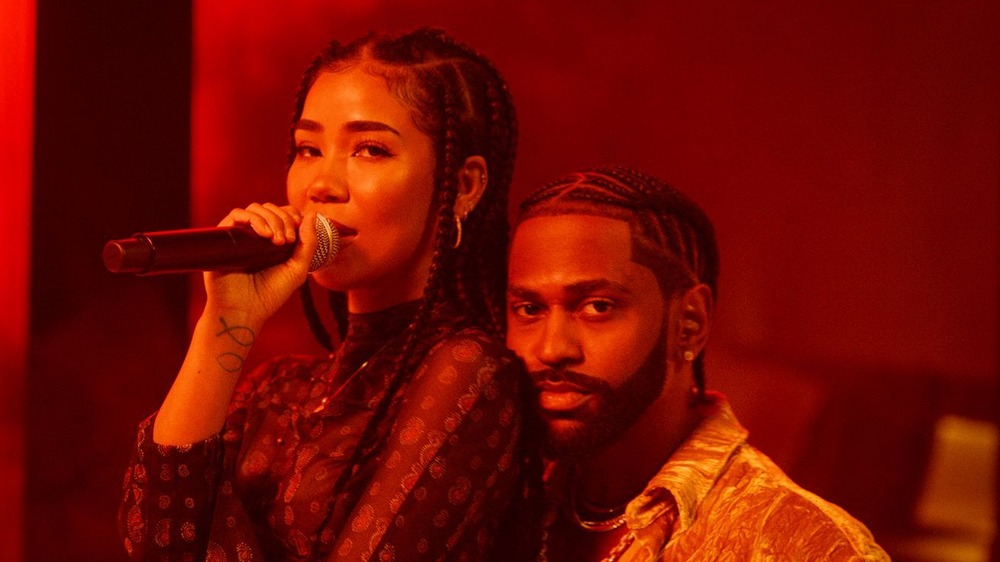 Big Sean and Jhene Aiko on stage