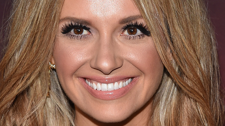Carly Pearce smiles on red carpet