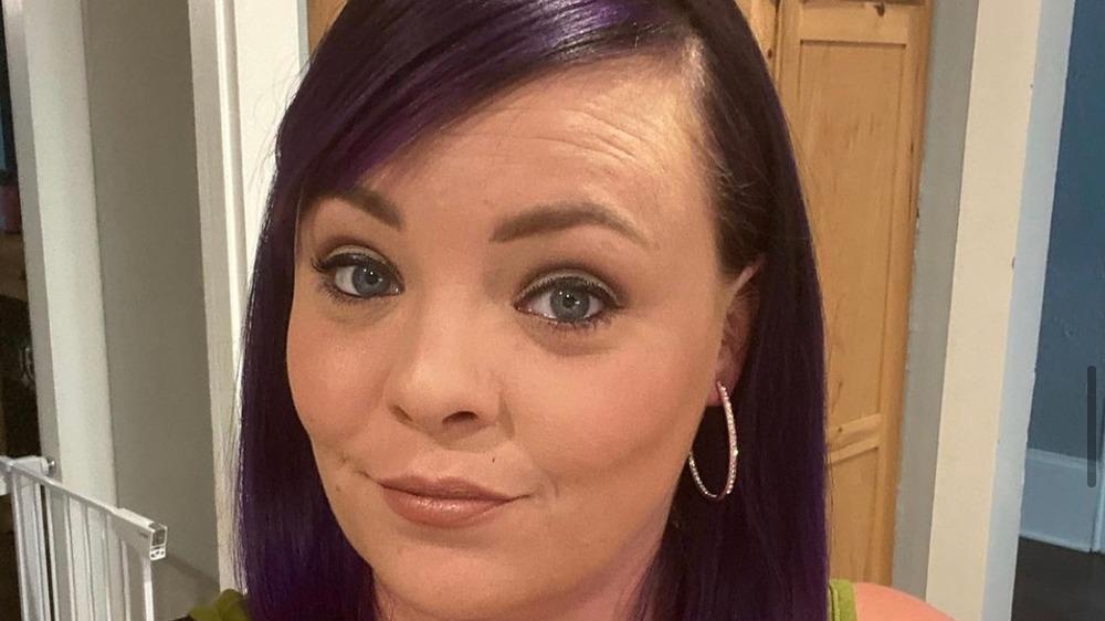 Catelynn Baltierra, smirking, selfie, purple hair, bob, hoop earrings