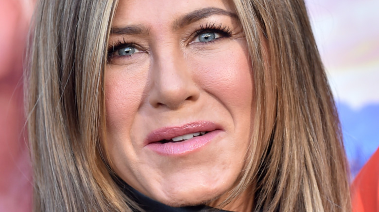 Jennifer Aniston posing