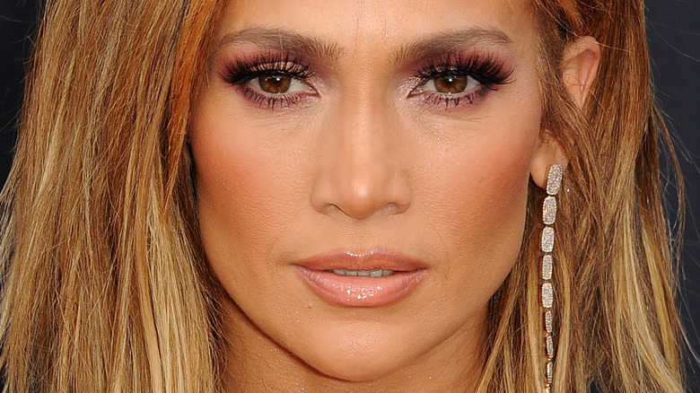 Jennifer Lopez starting off to the distance
