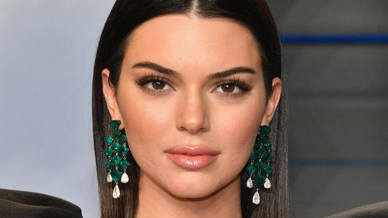 Kendall Jenner, posing