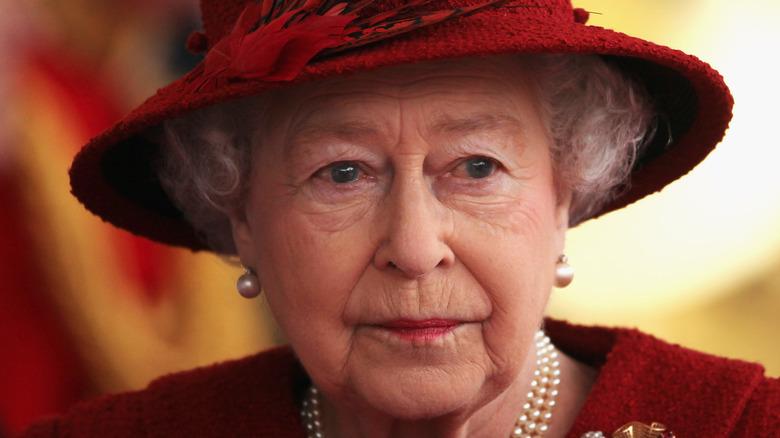 Queen Elizabeth looks somber in 2010