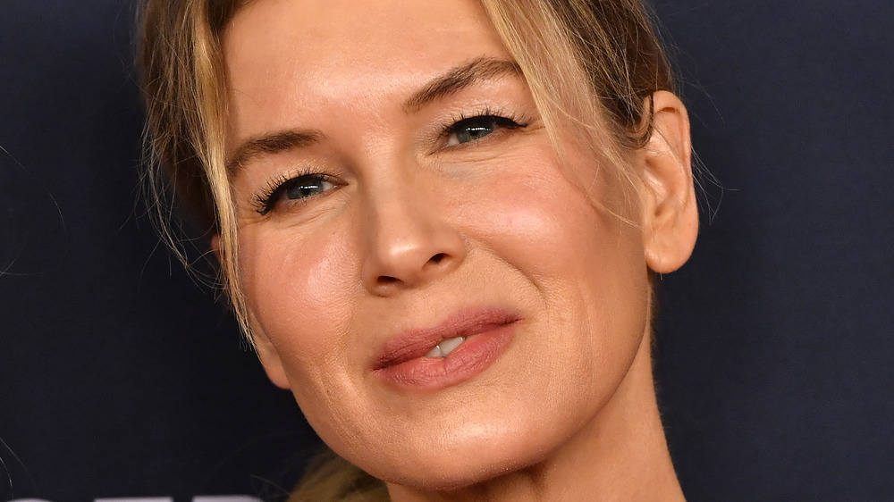 Renée Zellweger attends the Women's Cancer Research Fund in 2020