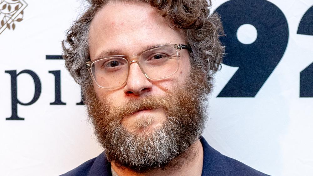 Seth Rogen wearing glasses on the red carpet