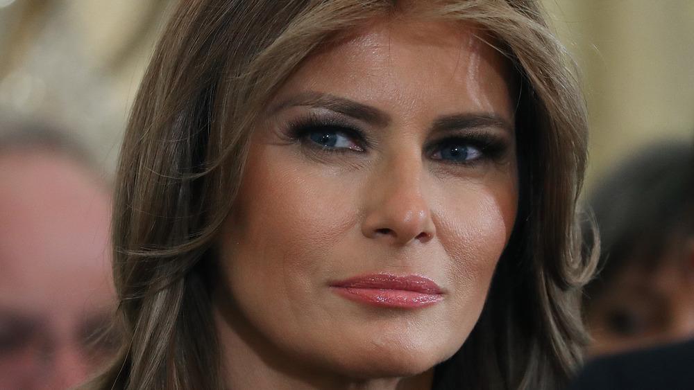 Melania Trump looking to side