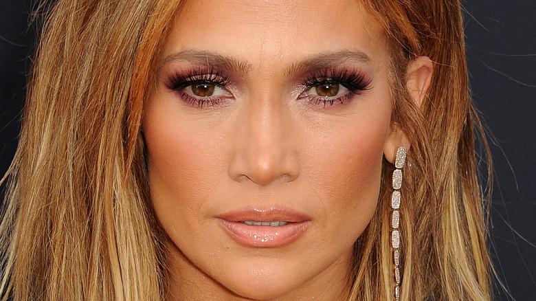 Jennifer Lopez short hair