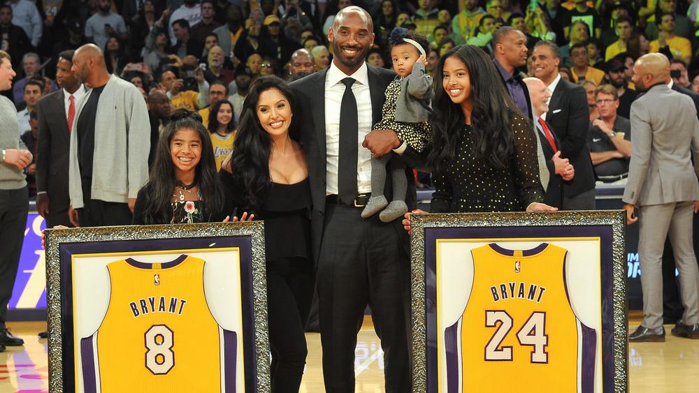 Kobe Bryant and family at Lakers game