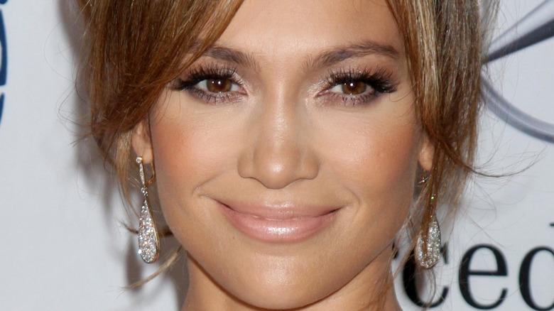 Jennifer Lopez updo