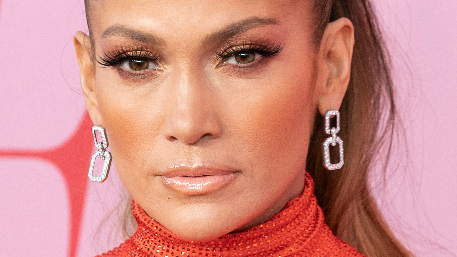 Jennifer Lopez Just Set The Internet On Fire. Here's How