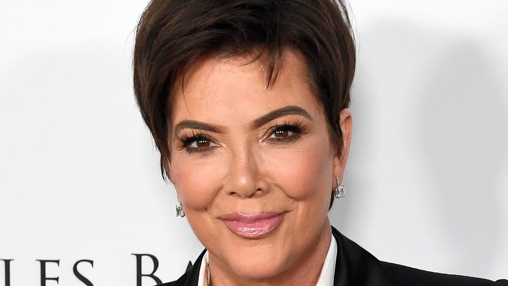 Kris Jenner posing on the red carpet
