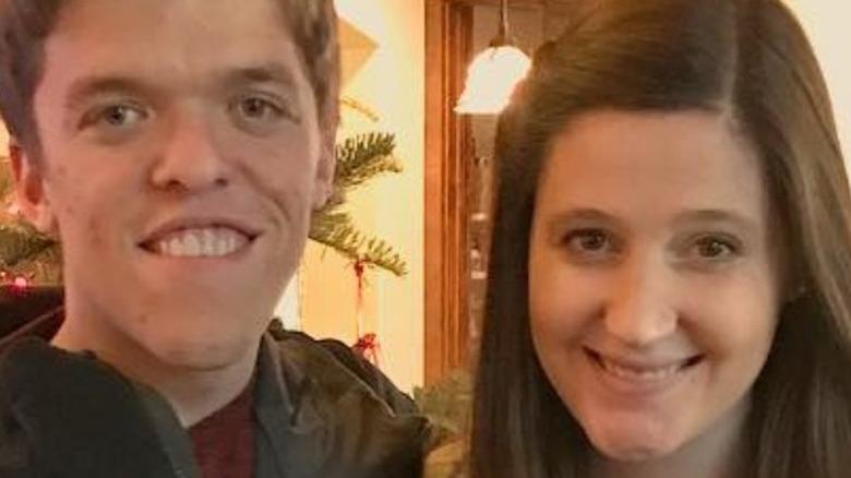 Zach Roloff and Tori Roloff smiling