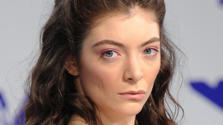 Lorde posing