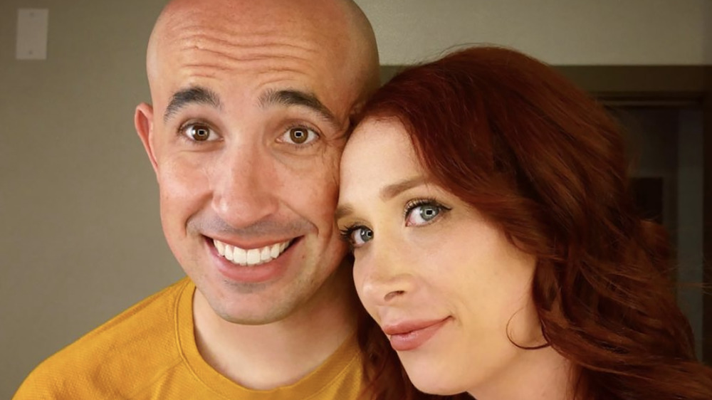 Jamie Thompson and Elizabeth Bice from 'Married at First Sight: Couples Cam' posing