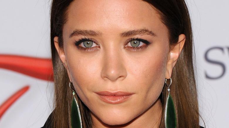 Mary Kate Olsen green eyes