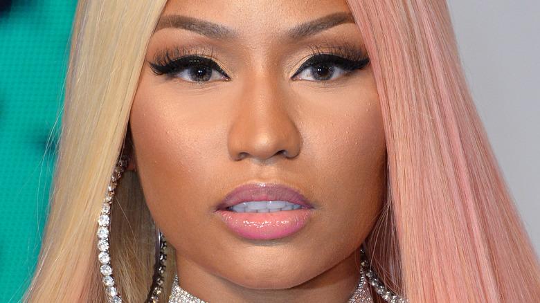 Nicki Minaj two-tone hair