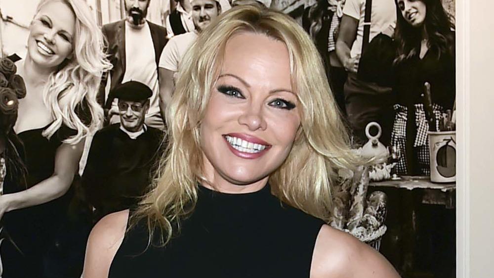 Pamela Anderson posing