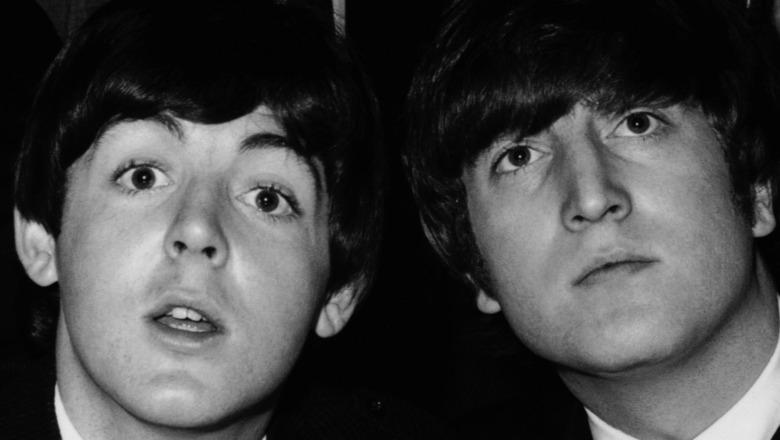 Paul McCartney and John Lennon pose together