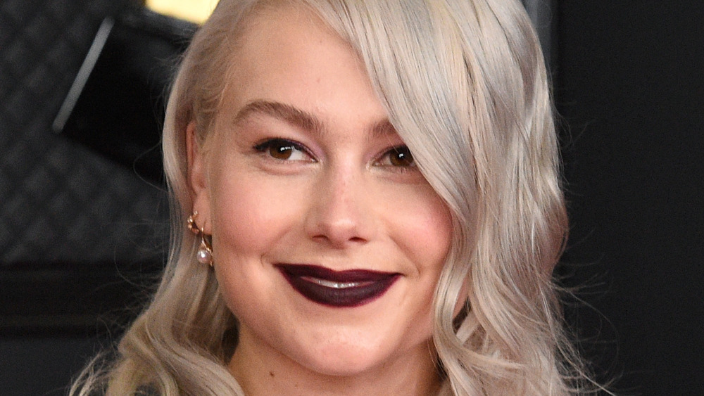 Phoebe Bridgers on the red carpet at the 2021 Grammy Awards
