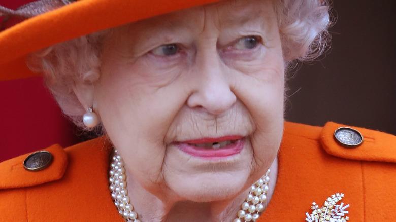 Queen Elizabeth orange hat