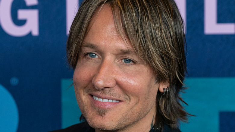 Keith Urban smiling